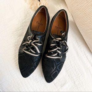 Linea Paola Lace Up Snakeprint Sneaker